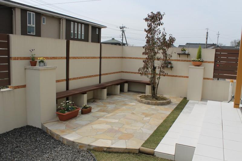 ガーデンルームからつながるプライベートゾーン