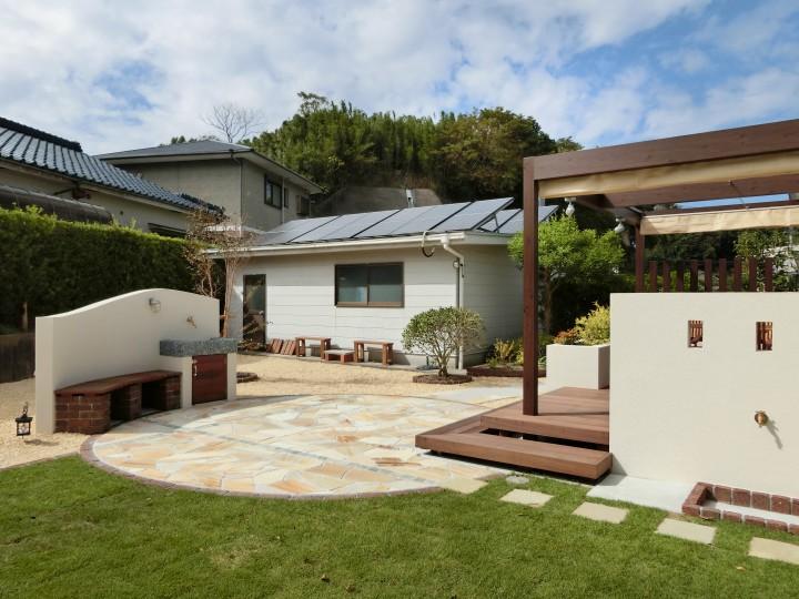広いお庭を快適なリビング空間にリフォーム
