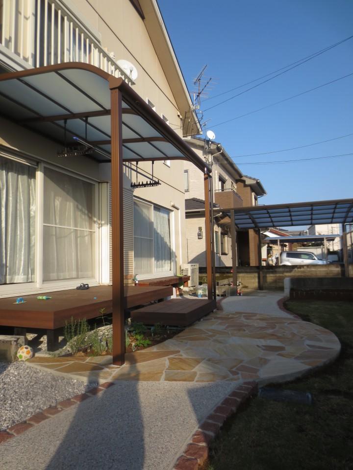 和風の石組みを壊し、車庫拡張・・・リガーデンで奥様好みのお庭に大変身!!